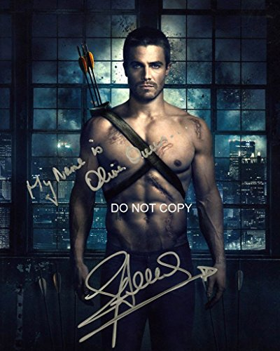 Stephen Amell of TV show ARROW reprint signed photo #1 RP from Loa_Autographs