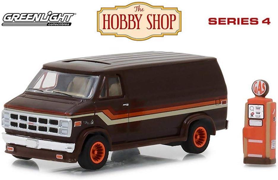 Greenlight Hobby Shop Series 4   1978 GMC Vandura Custom Van