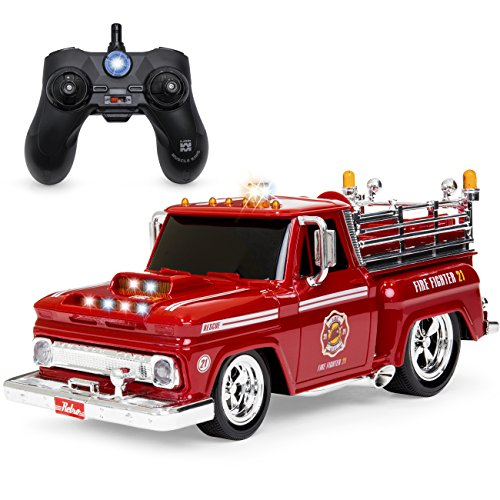 (Best Choice Products 1/14 Scale 2.4GHz Remote Control Fire Engine Truck w/ Flashing Lights, Sound Effects, Non-Slip Rubber Tires, Rechargeable Batteries, USB Cable - Red/Black)