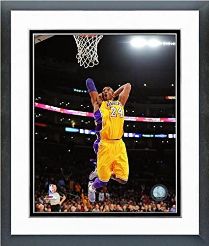 Size: 12.5 x 15.5 Framed NBA Kobe Bryant Los Angeles Lakers Action Photo