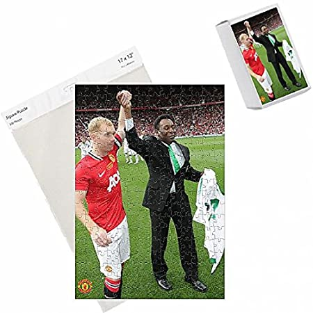5c43cd5243b Manchester United v New York Cosmos - Paul Scholes  Testimonial Match   Amazon.co.uk  Kitchen   Home