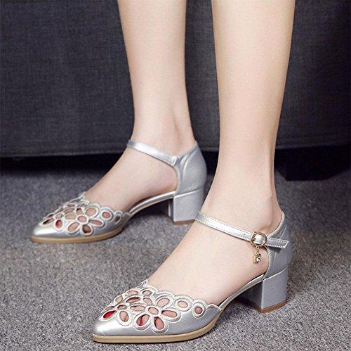Los zapatos transpirables crudo de punta hueca con una cabecera SNAP-palabra con sandalias C