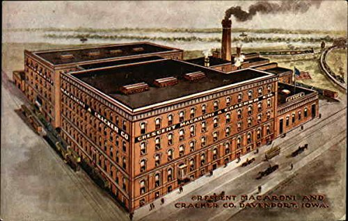 Crescent Macaroni and Cracker Company Davenport, Iowa Original Vintage Postcard