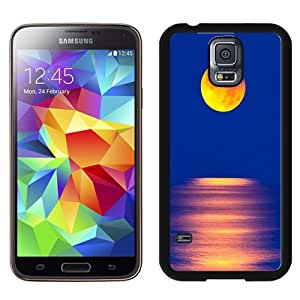 Popular And Unique Designed Case For Samsung Galaxy S5 I9600 G900a G900v G900p G900t G900w Phone Case With Yellow Moon Over The Sea Phone Case Cover