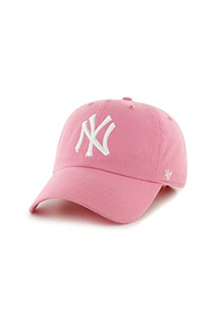 Amazon.com   MLB New York Yankees Women s  47 Brand Clean Up Cap ... 49e32cd2753