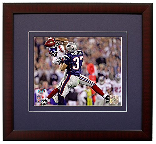New York Giants David Tyree Makes The Helemt Catch During Super Bowl 42. Framed 8x10 Photo Picture. - Giants 8x10 Picture
