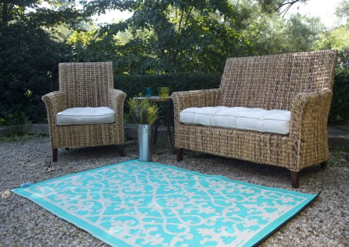 fab habitat venice indoor outdoor recycled plastic rug cream turquoise 5 39 x 8 39. Black Bedroom Furniture Sets. Home Design Ideas