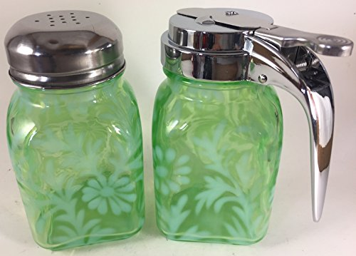 Daisy & Fern Green Opalescent Glass Square Stove Top Breakfast Set - Mosser USA