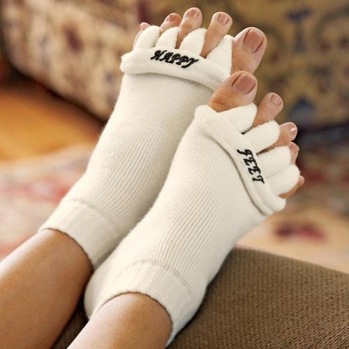 Happy Feet Women's7-9/Men's5-7 Original Foot Alignment Socks, WHITE, MEDIUM (Feet For Men compare prices)