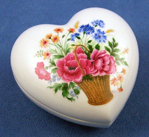 Limoges Flower Basket #6 Large Heart Box (Box Limoges Flowers)