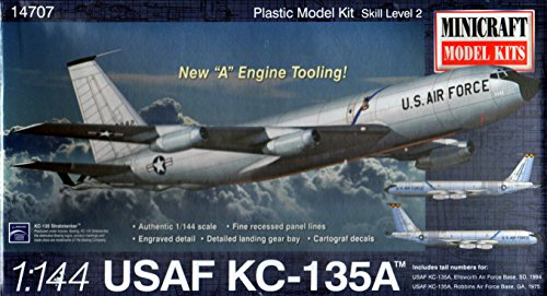 (Minicraft Model Kits Boeing Stratotanker Model Kit (1/144 Scale))