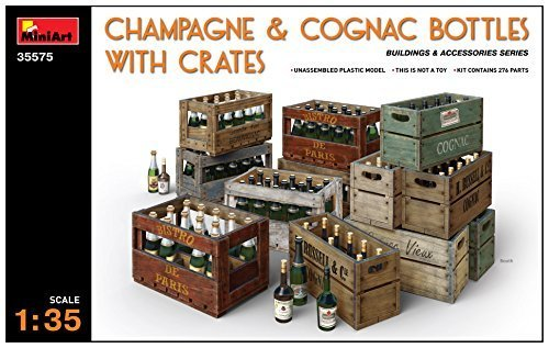 �Model Accessory Champagne and Cognac Bottles w/Crates ()