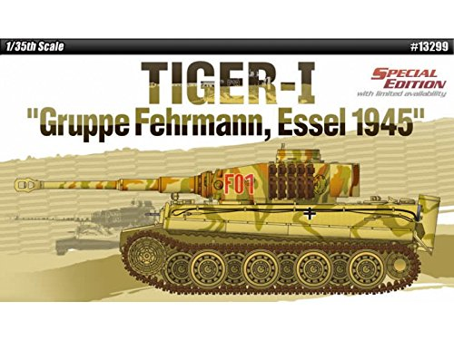 ACA13299 1:35 Academy Tiger I