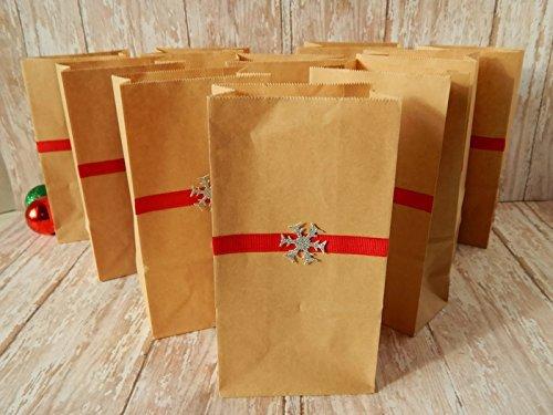 Amazon Com Christmas Gift Bags Christmas Treat Bags Snowflake Gift Bags Christmas Gift Wrap Holiday Gift Bags Rustic Christmas Gift Wrap Handmade