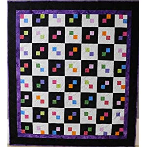 Image of Lap quilt, throw size quilt. Home and Kitchen