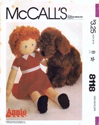 McCall's 8118 Vintage Sewing Pattern Annie Doll Dog Sandy ()
