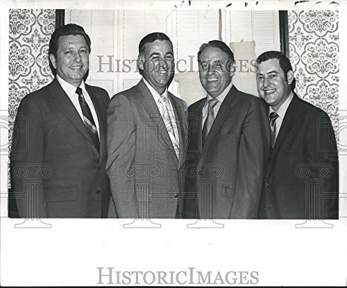 Vintage Photos Historic Images 1970 Press Photo Evans Blanchard President Southern Region Clearing House - 8.25 x 10 in