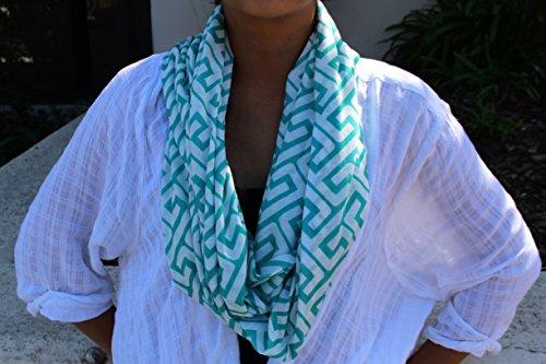 Women's Greek Key Pattern Infinity Scarf with Zipper Pocket - Teal - Pop Fashion