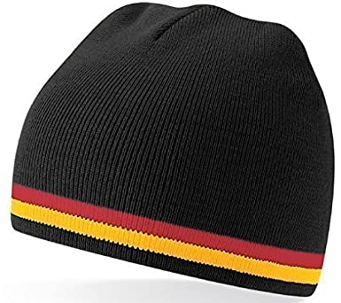 8f384d2a3c1 German Germany Deutschland Soccer Football Team Woolly Beanie Hat   Amazon.co.uk  Clothing