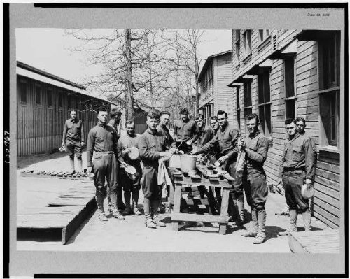 Photo: Camp Pike,Soldiers cleaning up after mess,military life,uniform,Arkansas,AR,1918