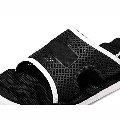 XIAOLIN Zapatillas de los hombres del verano Inicio sandalias de los hombres Sandalias de baño de la personalidad coreana Baño antideslizante (tamaño opcional) ( Color : 03 , Tamaño : EU43/UK9/CN44 ) 01