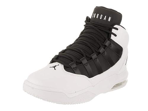 cheap for discount 9ceb3 73f6d Jordan Nike MAX Aura (GS) Zapatilla de Baloncesto de Estados Unidos 5 Bebé  niño Blanco Negro Negro 5 M US Big Kid  Amazon.es  Zapatos y complementos