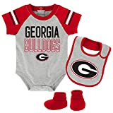 NCAA Georgia Bulldogs Newborn & Infant Blitz Bodysuit, Bib & Booties, Heather Grey, 12 Months