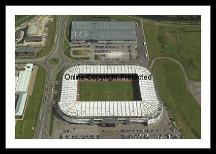 Con marco Derby County Pride Park del estadio del F.C, shalke ...