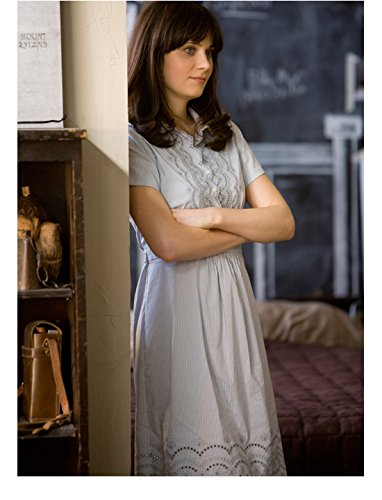 500 Days of Summer Zooey Deschanel as Summer in Light Blue Dress Arms Crossed 8 x 10 inch photo (Zooey Deschanel Dress 500 Days Of Summer)