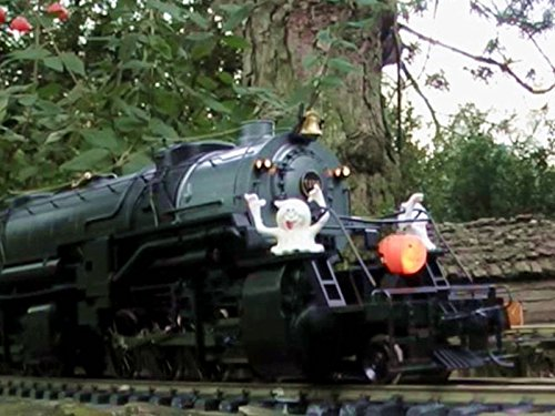 The Spooky Halloween Choo Choo Toy Train Ride ()