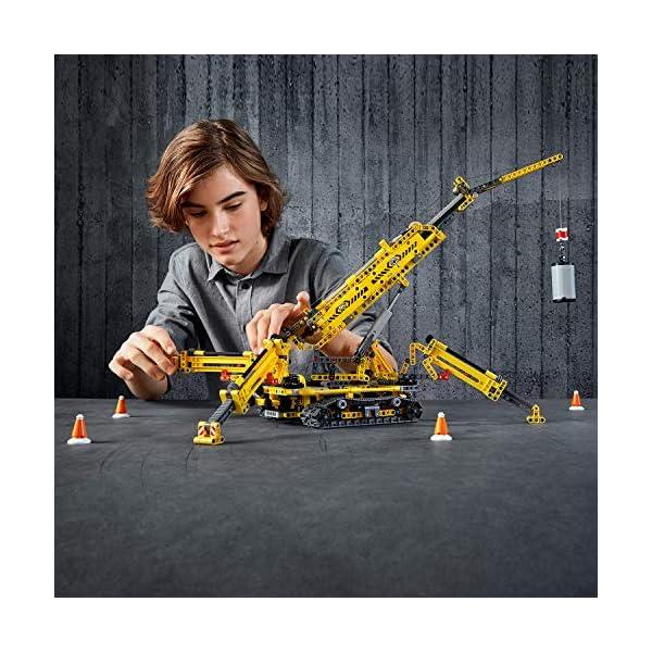 LEGO - Technic Gru Cingolata Compatta, Ricostruibile a Torre Compatta, Set di Costruzioni 2 in 1, 42097 6 spesavip