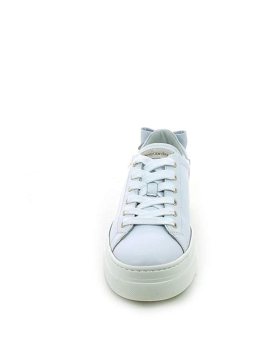 Nero Giardini - Sneaker in Pelle Bianca con Fiocco Posteriore  Amazon.it  Scarpe  e borse 2a7085d107a