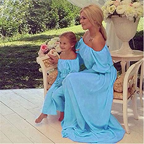 88af56e0e31 2019 New Summer Mom and Daughter Dress Matching Mother and Daughter Family  Clothes Girls and Mom Dress Sleeveless Beach Dress : Sky Blue, Mom S:  Amazon.in: ...