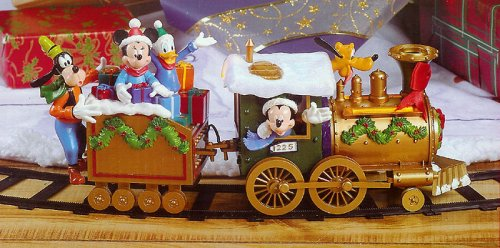 amazoncom disney mickey friends around the tree 17 piece christmas train set kitchen dining