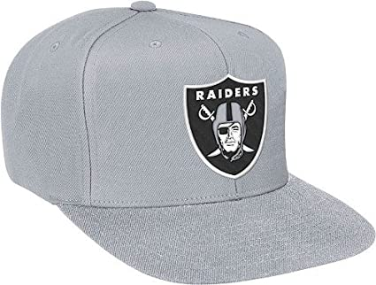 8f61949a824da Image Unavailable. Image not available for. Color  Oakland Raiders Mitchell    Ness Vintage Basic Logo Silver Snap Back Hat