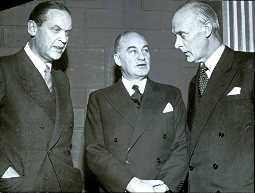 Vintage photo of Meeting on the footwear industry. Participants at the meeting, from left: Director E. Hallstr246;m, director W. Bahrke and director T.197;qvist.