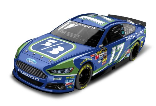 Ricky Stenhouse Jr   17 Fifth Third 2013 Ford Fusion Nascar Diecast Car  1 24 Scale Hoto