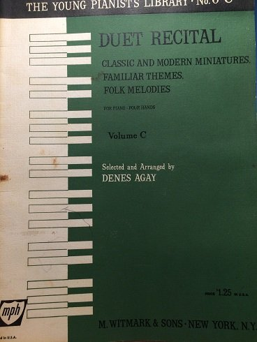 Duet Recital: Classic and Modern Miniatures, Familiar Themes, Folk Melodies for Piano--Four Hands Volume C (The Young Pianist's Library, No. 6C)