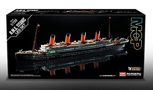 ACADEMY 1/700 Titanic LED version pre-painted plastic model R.M.S TITANIC (MCP)