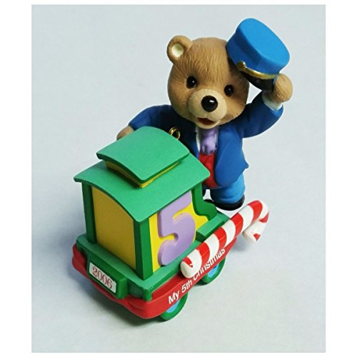 Hallmark Childs Fifth Christmas Ornament (Child's Fifth 5th Christmas Bear 2006 Hallmark Ornament QXG2906)