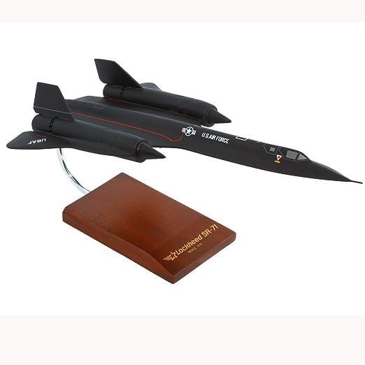 Mastercraft Collection Lockheed SR-71A Blackbird Mach 3+ USAF Air Force  NASA Strategic Reconnaissance Aircraft Jet Supersonic Aircraft Model Scale: