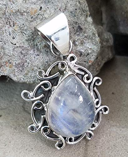 Rainbow Moonstone Pendant.925 Sterling Silver.Cocktail Pendant.Southwestern Pendant.Extremely Unusual Jewelry.Simply Fabulous Collection.Fire Effect Pendant.One Of A Kind.Delicate Pendant