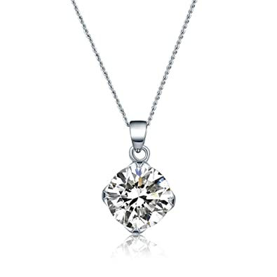 Amazon.com  ZRDMN Pendant Necklace for Women Antique furnishings ... 9de9a5150b7