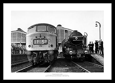 Flying Scotsman Leaves Newcastle Station Classic Steam Train Photo Memorabilia
