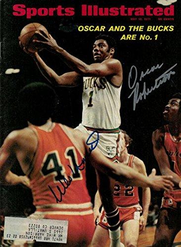 07af12fe1 Oscar Robertson   Wes Unseld Autographed 15534 Sports Illustrated (5 10 71)