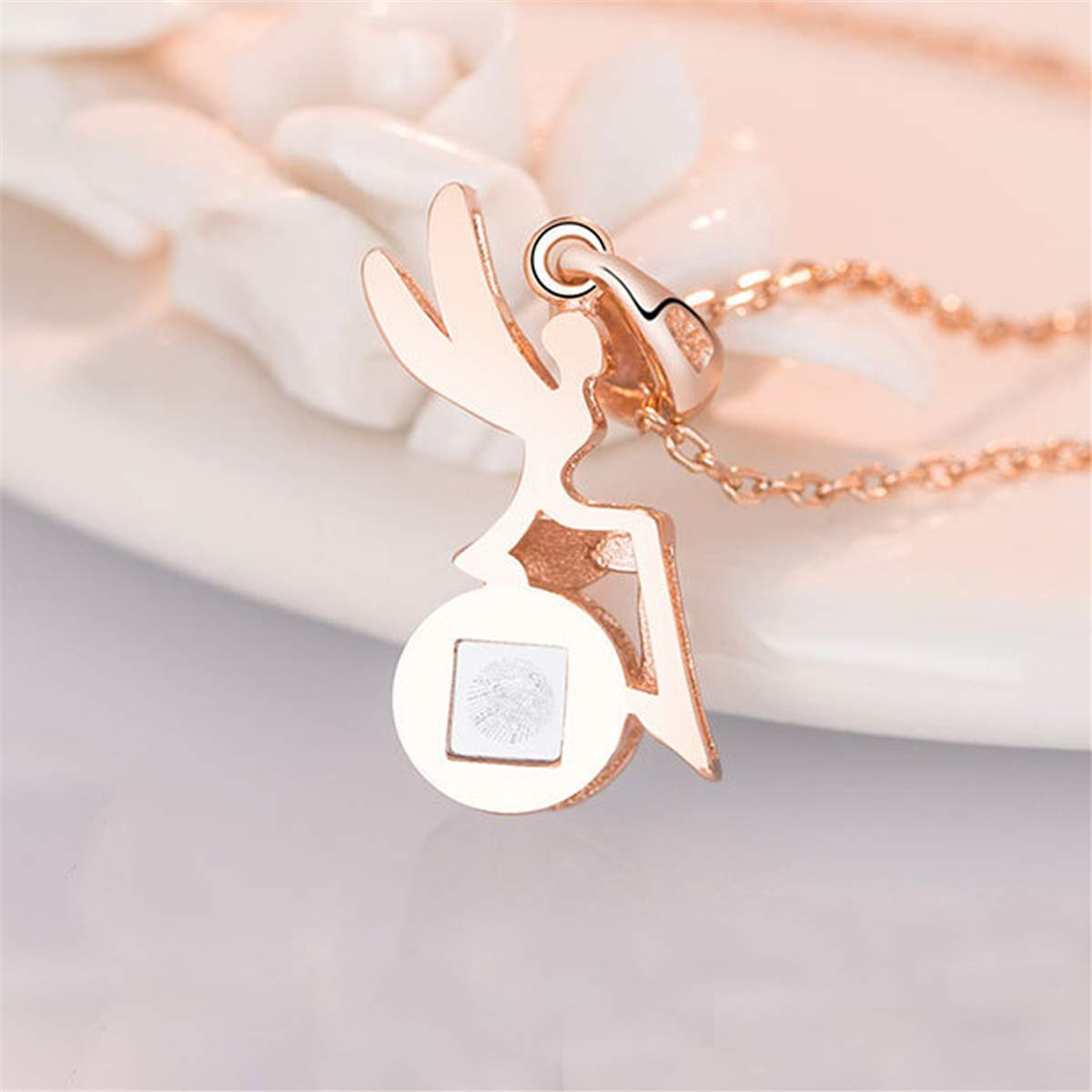 BONLAVIE I Love You Personalized Customized Necklace 925 Sterling Silver//Rose Gold Plated 100 Languages Projection Angel Pendant The Memory of Love