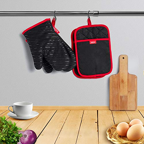 Oven Mitts and Potholders  DEIK 4-Piece Sets for Kitchen Counter Safe Mats and Advanced Heat Resistant Oven Mitt, Non-Slip Textured Grip Pot Holders, Nano- technology by d (Image #5)