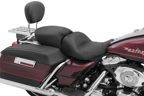 Mustang One-Piece LowDown Touring Seat 79670 ()