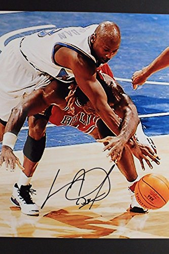 Charles Oakley Chicago Bulls w/ Michael Jordan Autograph NBA 8x10 Photo 16M