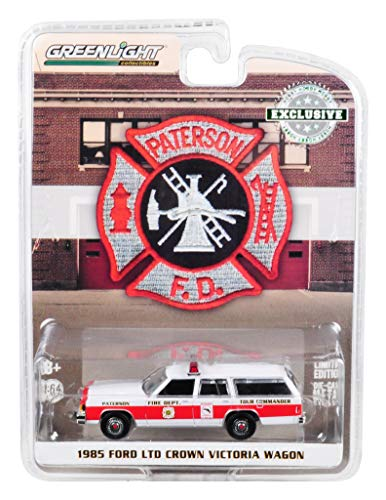 1985 Ford LTD Crown Victoria Wagon Paterson, New Jersey Fire Department Hobby Exclusive 1/64 Diecast Model Car by Greenlight -